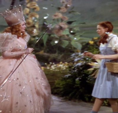 Picture of dorothy and the glinda the good witch from the wizard of oz